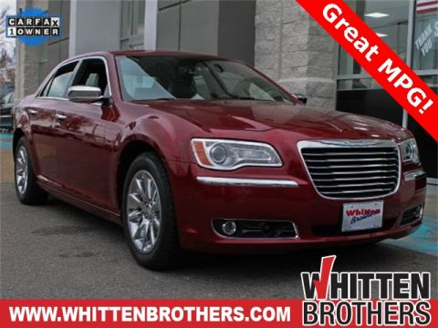 Pre-Owned 2013 Chrysler 300C Base With Navigation