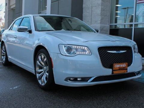 Pre-Owned 2017 Chrysler 300C Base With Navigation