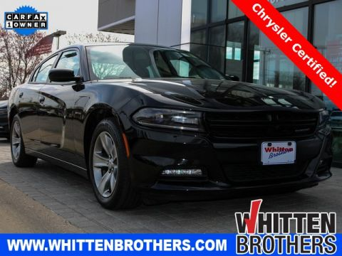 Pre-Owned 2018 Dodge Charger SXT
