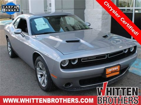 Pre-Owned 2017 Dodge Challenger SXT RWD 2D Coupe